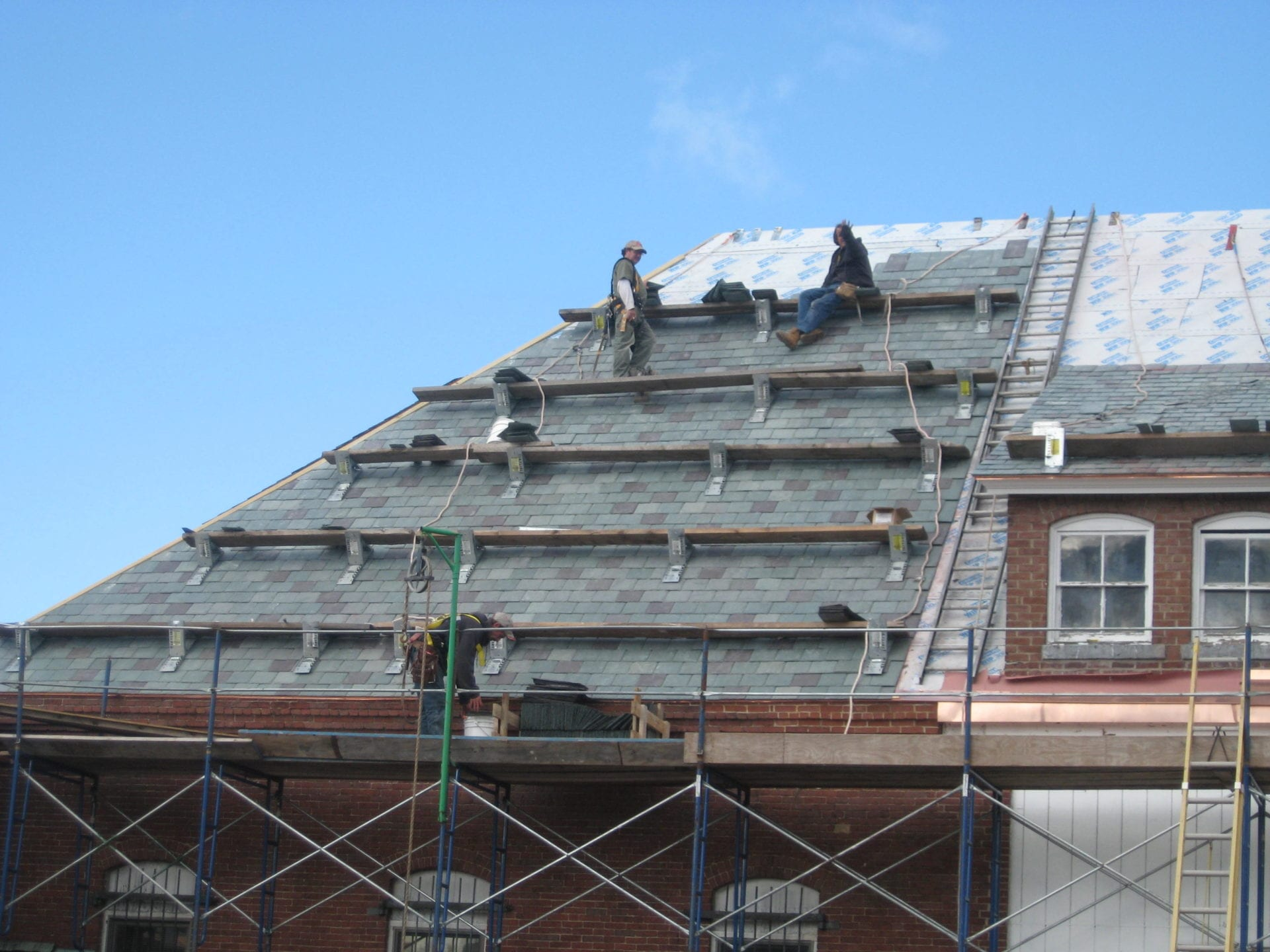 Manchester Roofing Co Inc